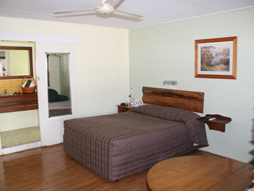 Queen Room Kilcoy Motel
